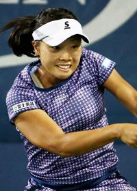 w 2014 nara - 【テニス】奈良くるみがストリツォワにフルセットの末に敗れ初戦敗退!  全仏オープン 1回戦